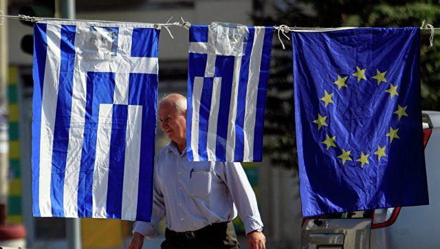 Еврогруппа согласовала новый транш финансовой помощи Греции в6,7млрдевро