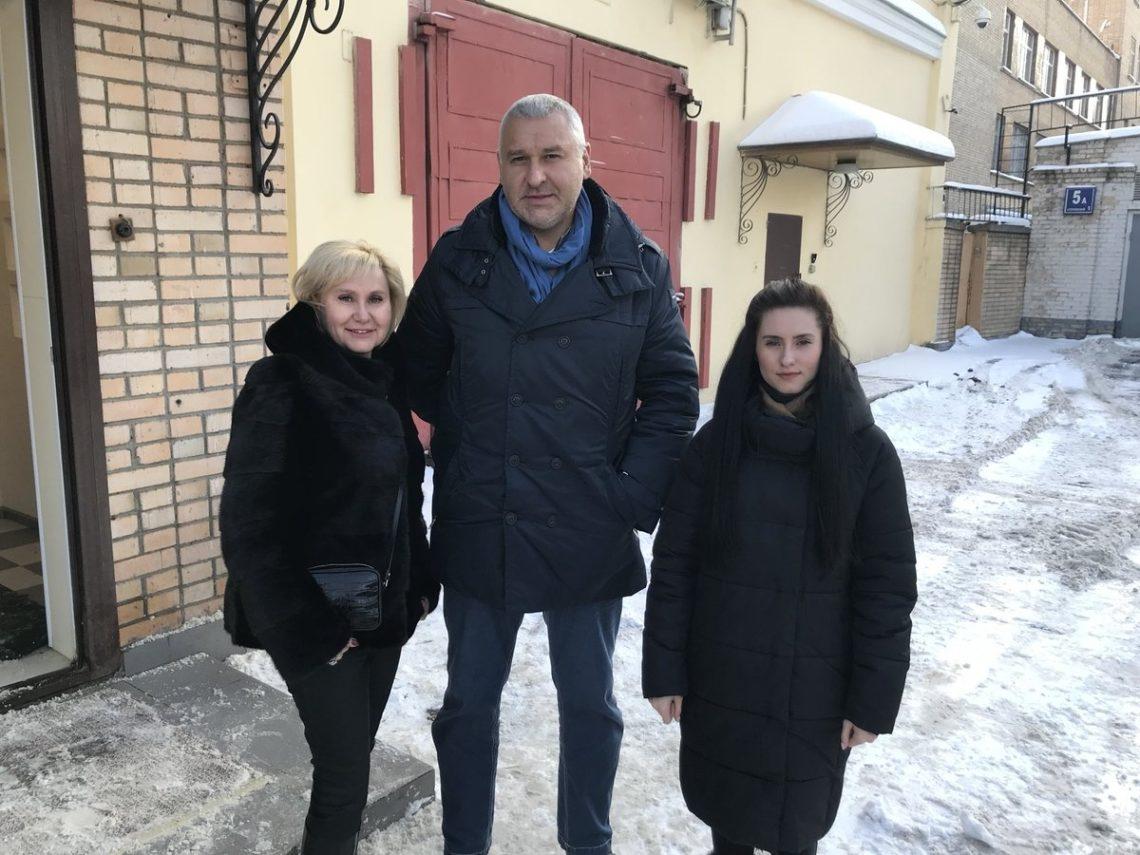 Доарештованого вРосії Сущенка пустили дружину і доньку