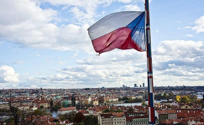Путин поздравил Земана спобедой напрезидентских выборах вЧехии