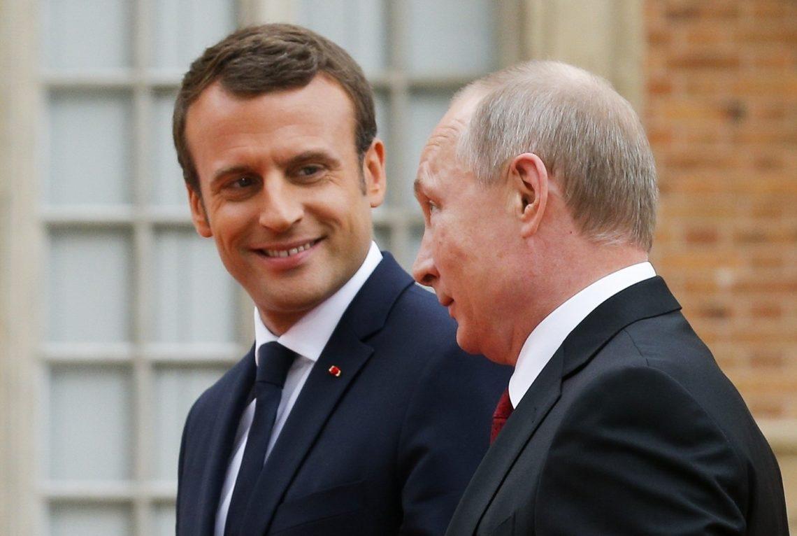 Двусторонние отношения между Россией иФранцией при Макроне значительно улучшились— специалист