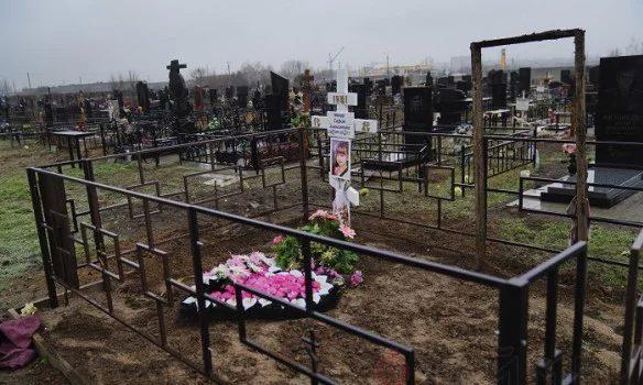 ВОдессе эксгумировали тела детей, погибших впожаре  в«Виктории»