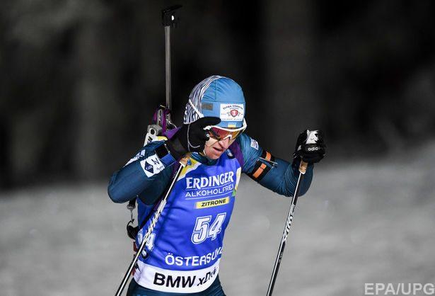Кузьмина выигрывает биатлонный масс-старт, Валя Семеренко на19-м месте