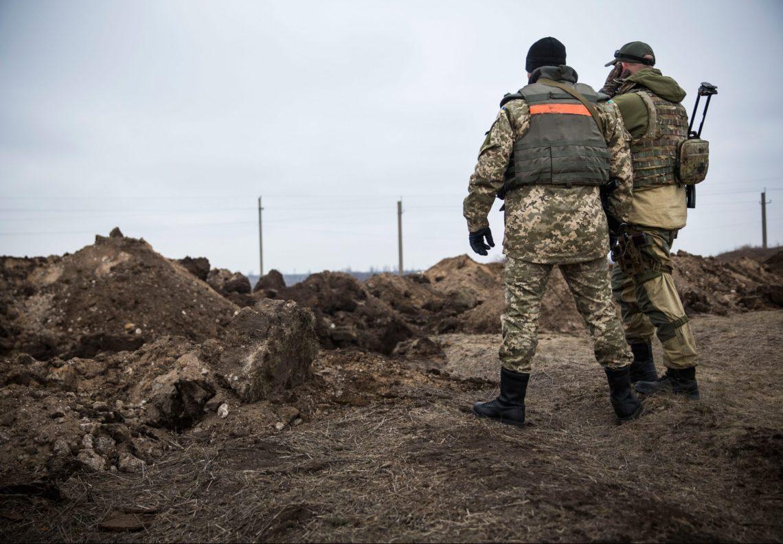 Боевики изпулеметов обстреливали позиции ВСУ около Мариуполя