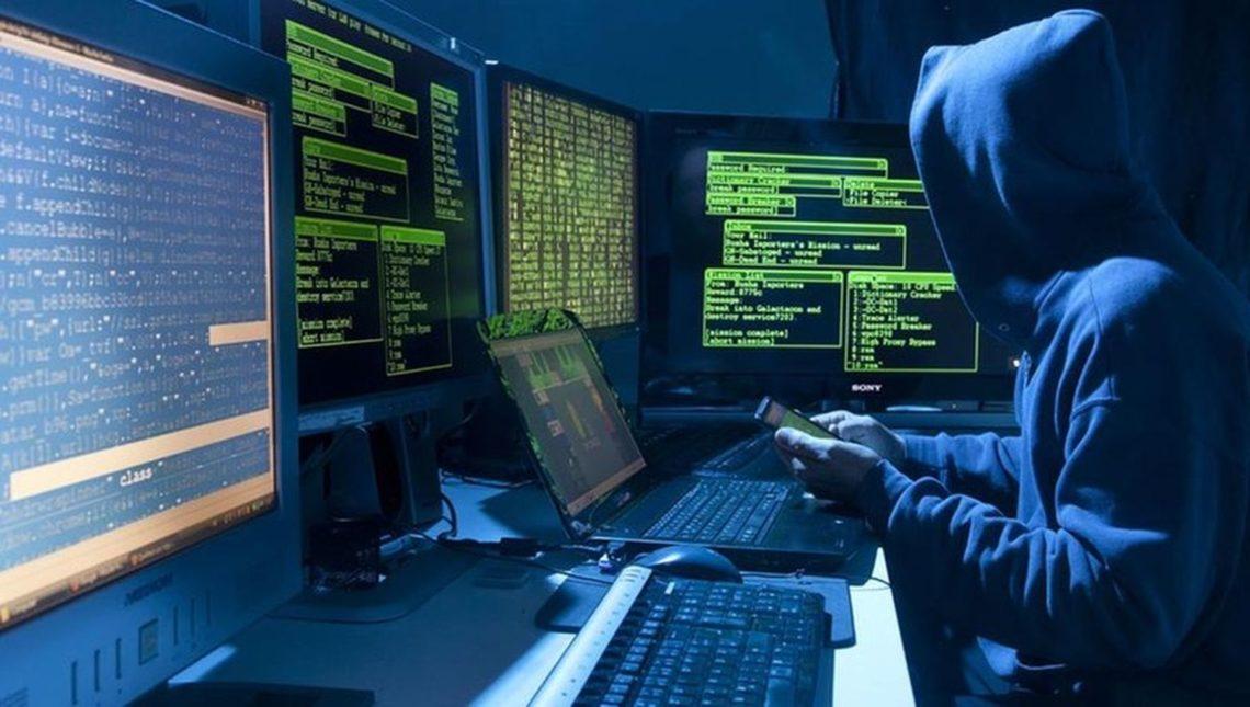 Російські хакери збирають компромат на провідних політиків Великобританії. На думку спецслужб, публікація цієї інформації стане помстою за участь Королівства в ударах по Сирії.