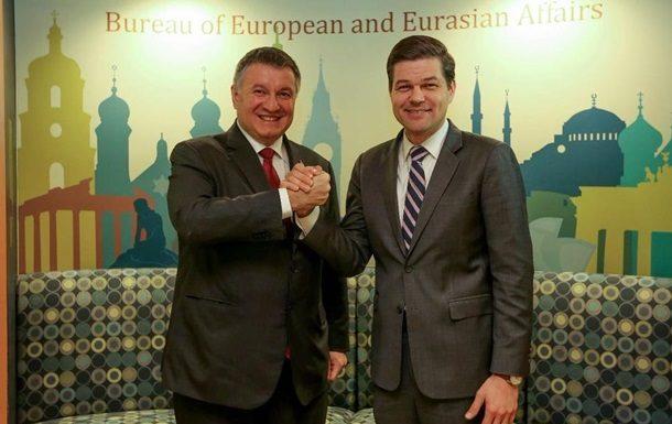 Песков назвал неуместным планы Киева повозвращению Крыма всостав Украины