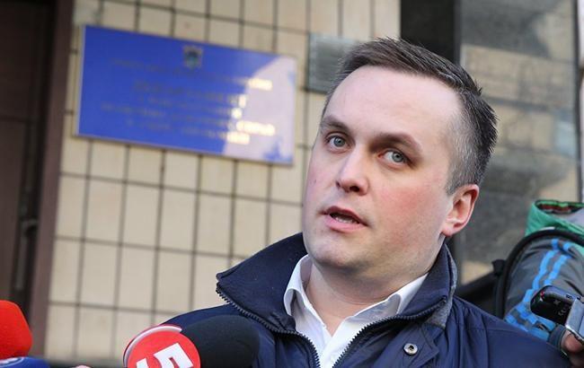 ВКиеве навзятке задержали служащих Подольского суда
