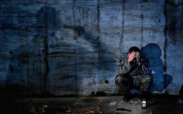 НаДонбасі український військовий вчинив самогубство— штаб