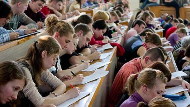 Студентов Сумского педуниверситета отправили практиковаться в захваченный Крым