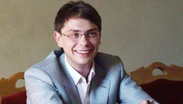 Разыскиваемый за миллионные махинации и хищении средств Запорожьеоблэнерго бывший народный депутат Украины от БЮТ Дмитрий Крючков вышел