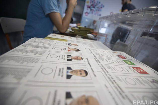 Глава Міністерства закордонних справ Туреччини Мевлют Чавушоглу назвав дострокові президентські і парламентські вибори, які проходять в країні 24 червня, найважливішими в історії Туреччини.