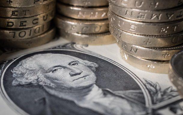 Треть денежных средств, которые украинцы пересылают заграницу, идут в РФ - статистика «ПриватБанка»