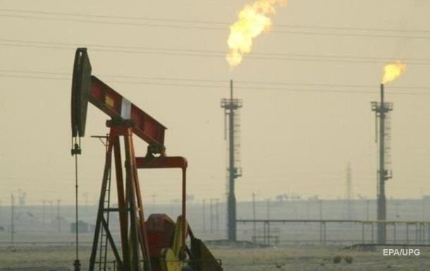 Саудовская Аравия снизила летом добычу нефти на 200 000 баррелей