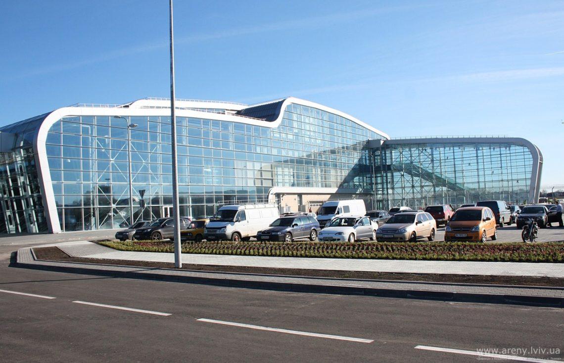 Вольвовском аэропорту проинформировали оботмене 2-х рейсов авиакомпании Ernest