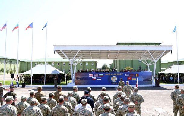 Обучение координируют офицеры армии США при содействии учебного центра альянса в Грузии и с участием местного командования.