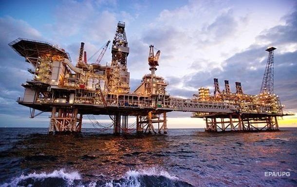Из-за шторма Гордон производство нефти в Мексиканском заливе снизилось на 9,23%. Эксперты ждут данные о запасах в США