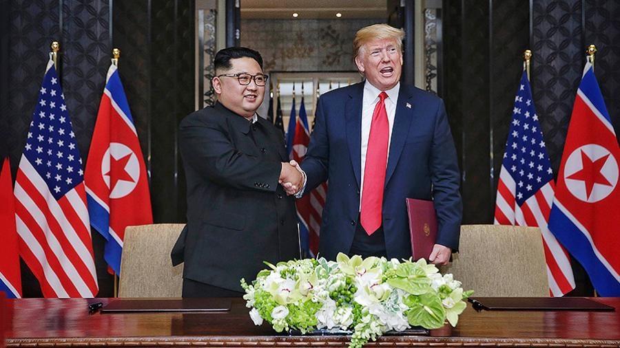 Лидер КНДР Ким Чен Ынподтвердил готовность приехать в Российскую Федерацию