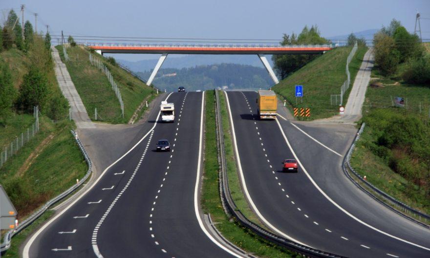 Омелян: Германия рассматривает возможность снобжения деньгами первого украинского автобана