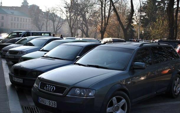 Представники організації АвтоЄвроСила незадоволені ухваленим напередодні законом і стверджують, що їхня акція безстрокова.