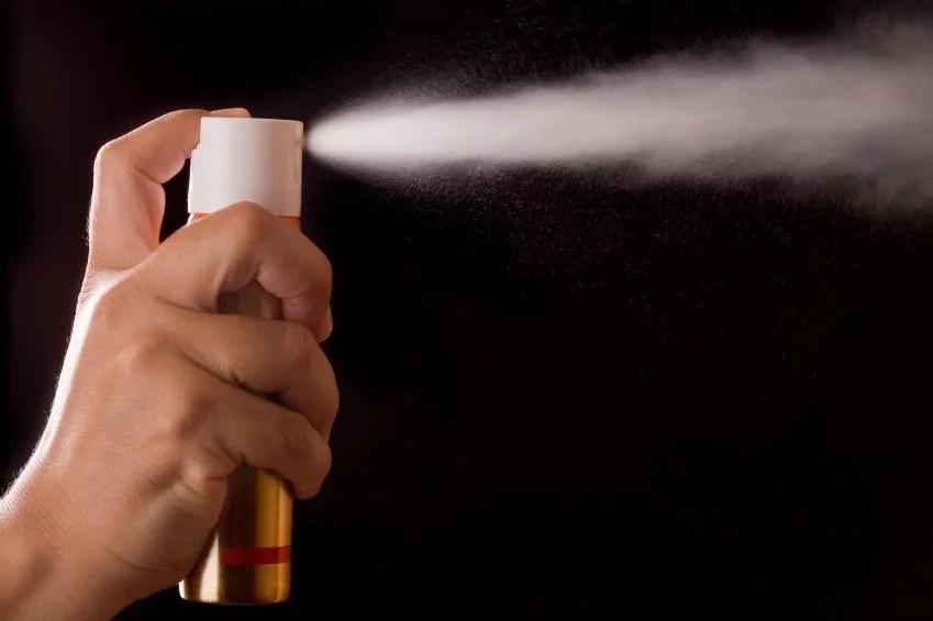 За фактом розпилення сльозогінного газу в школі в Таращі Київської області розпочате кримінальне провадження.