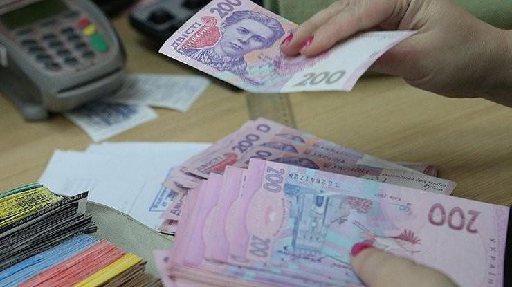 Средняя заработная плата наподконтрольной Украине территории Донецкой области составила 9998 грн