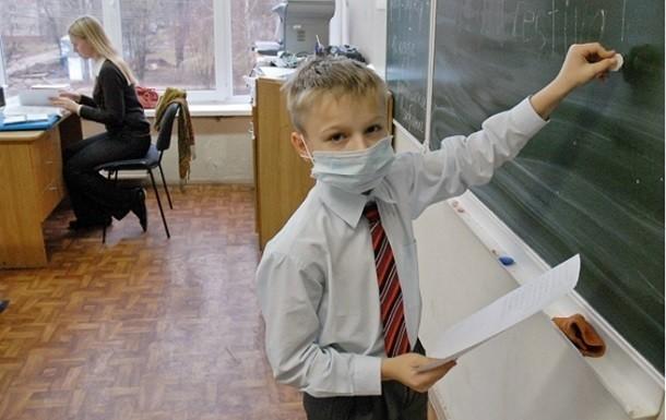 З 14 січня навчання в школах Чернігова не відновиться. Такий стан триватиме на невизначений період.