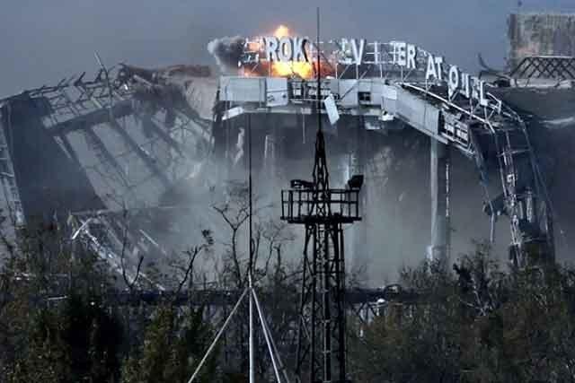 Боевики взоне ООС обстсреляли автомобиль: 1 военный умер, 4 ранены